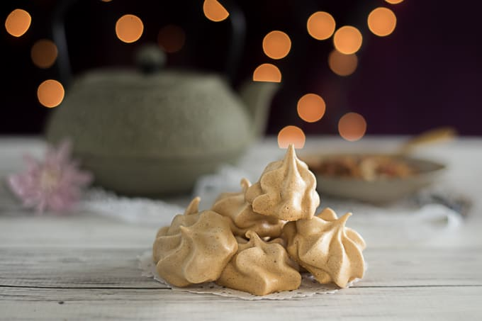 Cinnamon Spice Meringue Cookies Recipe
