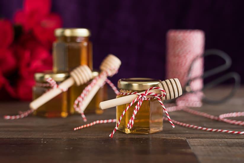 spiced honey DIY favors
