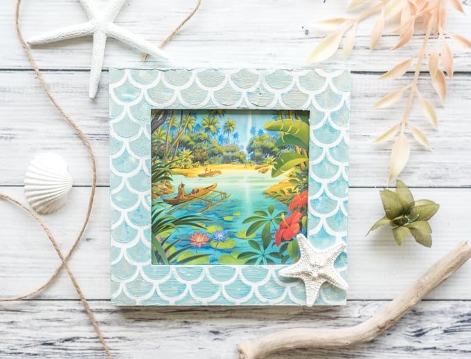 DIY mermaid picture frame