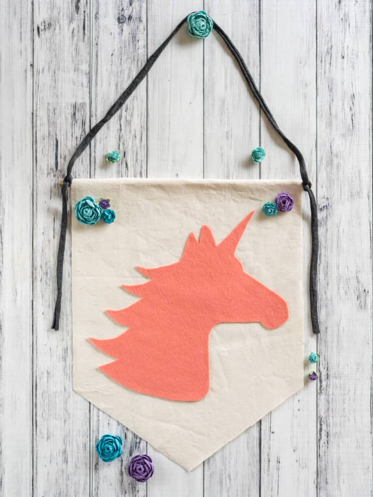 easy no-sew felt unicorn banner