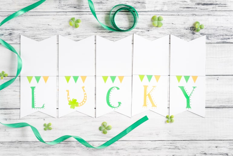 printable lucky banner for St Patrick's Day