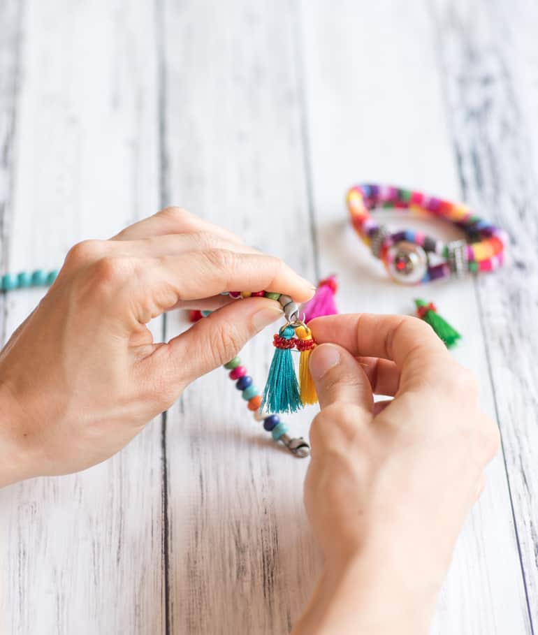 easy bracelets with convenience supplies
