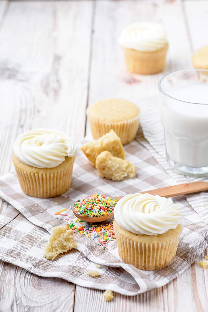 healthy vanilla cupcakes recipe
