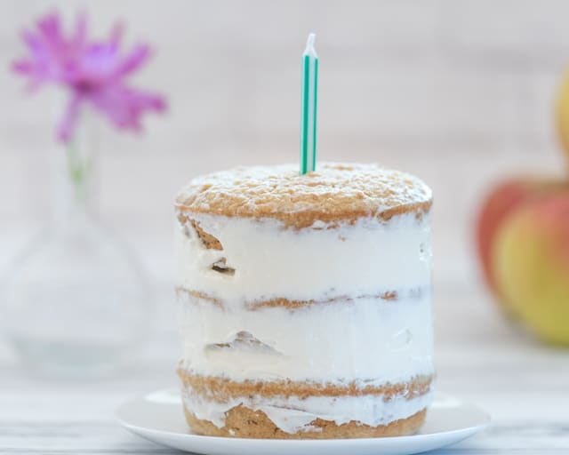 healthy first birthday cake with oatmeal and applesauce