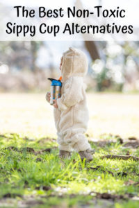 Are sippy cups safe? Discover the best non-toxic sippy cup alternatives for toddlers! Toddler cup reviews, stainless steel sippy cups on Amazon, and more!