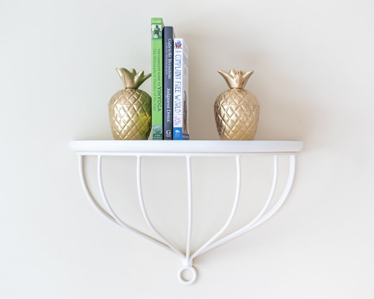 super easy DIY gold pineapple bookends - no cement required!