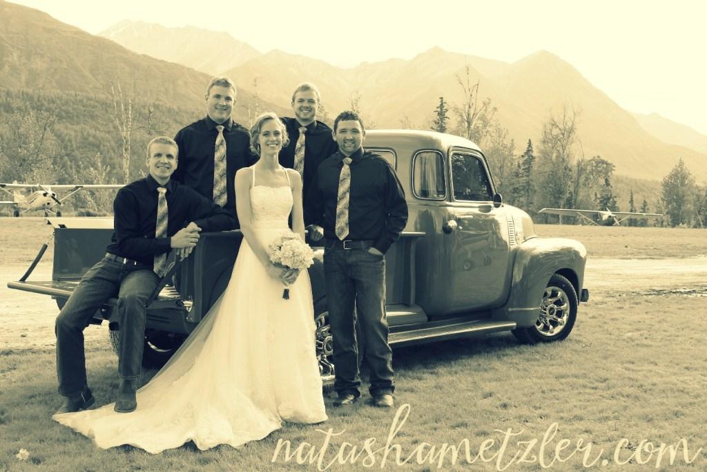 alaska wedding @natashametzler