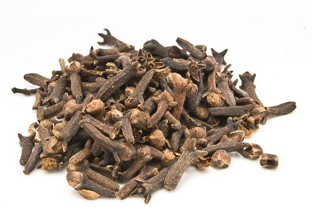 cloves-for-muscle-aches
