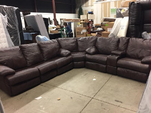 Warehouse Sale_Motion Sectional