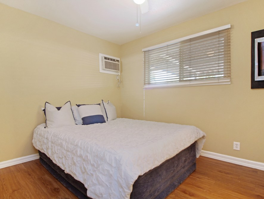 11 Master Bedroom Toward Back