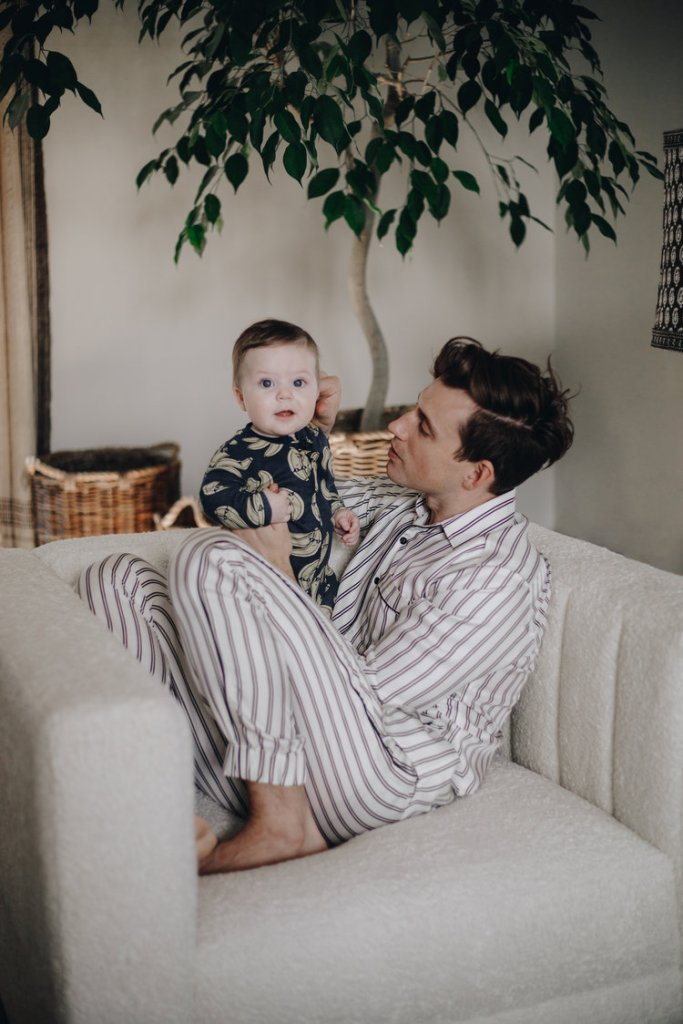 Oskar Brent Berkus having Time with Jeremiah