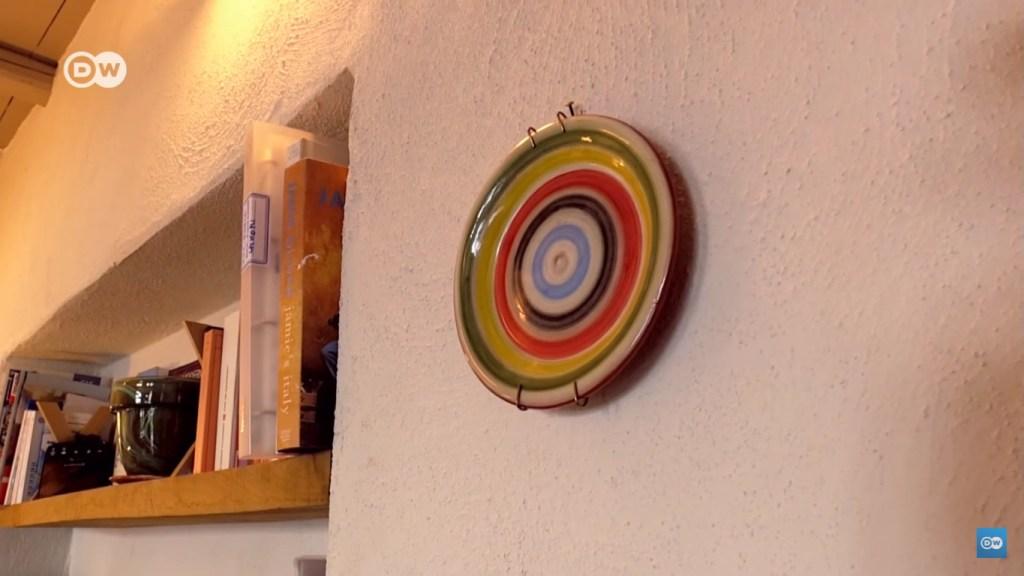 mediterranean interior design traditional plates