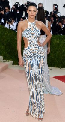 Mandatory Credit: Photo by Andrew H. Walker/REX/Shutterstock (5669035ej) Kendall Jenner The Metropolitan Museum of Art's COSTUME INSTITUTE Benefit Celebrating the Opening of Manus x Machina: Fashion in an Age of Technology, Arrivals, The Metropolitan Museum of Art, NYC, New York, America - 02 May 2016