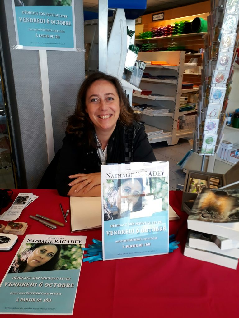 Dédicaces Livron - Nathalie Bagadey à sa table