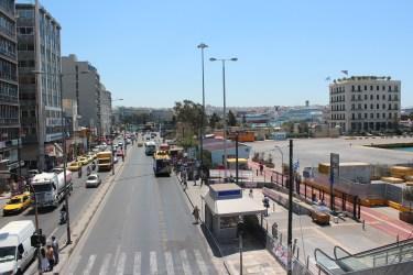 La rue principale du Pirée