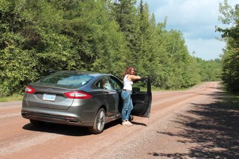 les routes ne sont pas toujours bitumées!!