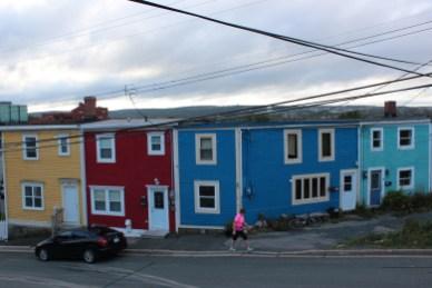 célèbre ensemble de maisons colorées