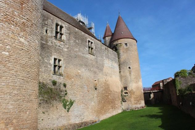 Le Château de Châteauneuf