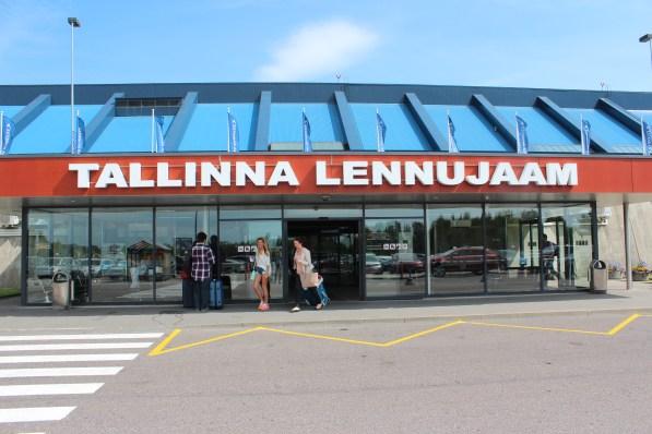 Arrivée à l'aéroport de Tallinn