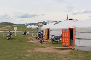 petite entorse à la modernité: des motos chinoises
