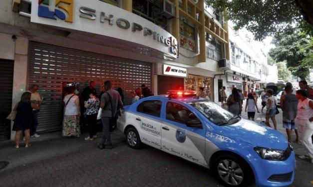 Polícia pede prisão preventiva de homem que esfaqueou a mulher em shopping na Tijuca