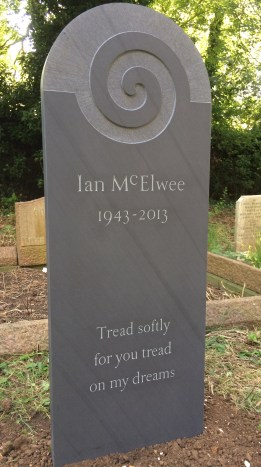 Ian McElwee slate headstone by Fergus Wessel
