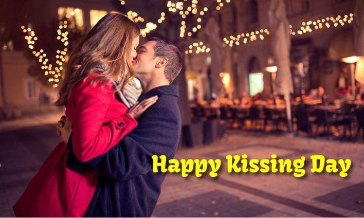 happy international kissing day