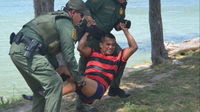 illegal immigrant Texas