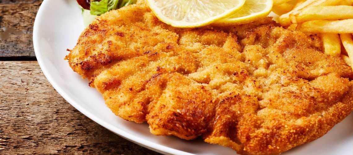 National Dish of Austria Weiner Schnitzel mit Beilagen
