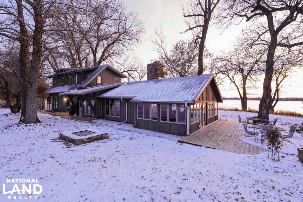Platte River Executive Acreage With Cabin