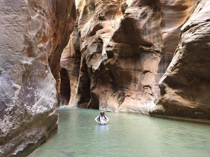 Day hiking in the Zion Narrows