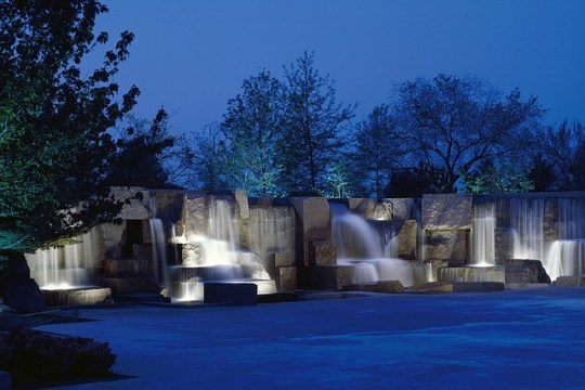 fdr memorial monument