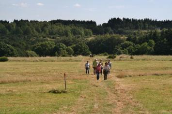 Gelungener Kooperationsauftakt für interkulturelle Jugendangebote im Nationalpark Eifel   © Simon Hesselmann   nationalparkseelsorge.de
