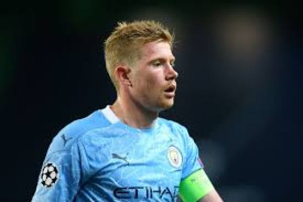 De Bruyne wins Premier League Player of the Season award