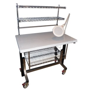 height-adjustable-table-cssd