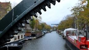 Native Delicatessen sur le pont d Amsterdam