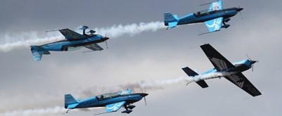 news_RD_BladesAerobaticTeam_1