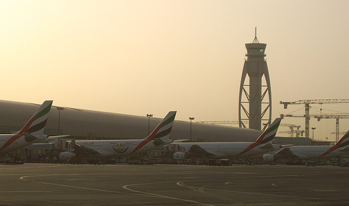 Dubai Airport by elmar bajora via Flickr https://www.flickr.com/photos/elmarbajora/