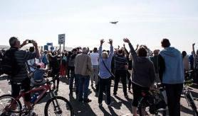 Crowds enjoying Socttish Airshow, 2015