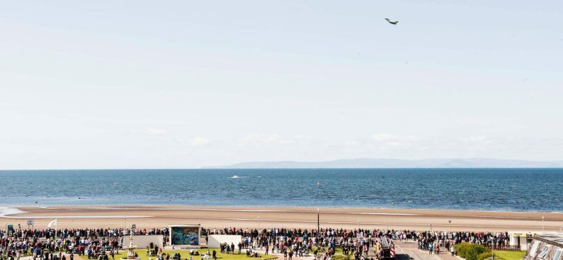 Crowds gather for Scottish Airshow, 2015