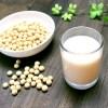 豆乳でイソフラボンを!摂取量に注意すれば効果良し?