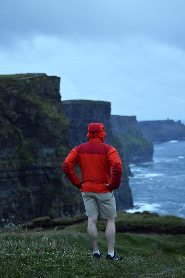 Rob at the Cliffs of Moher // Nattie on the Road