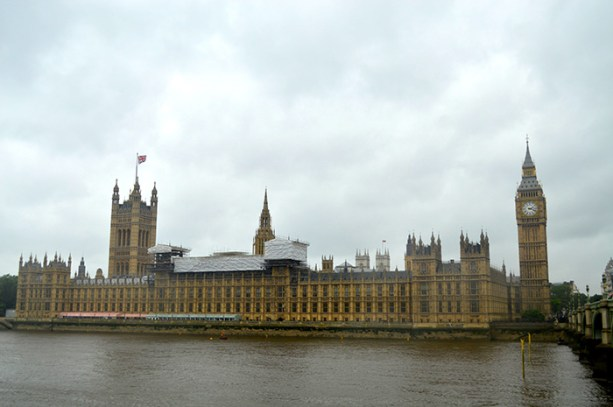 See the House of Parliament & Big Ben // Nattie on the Road