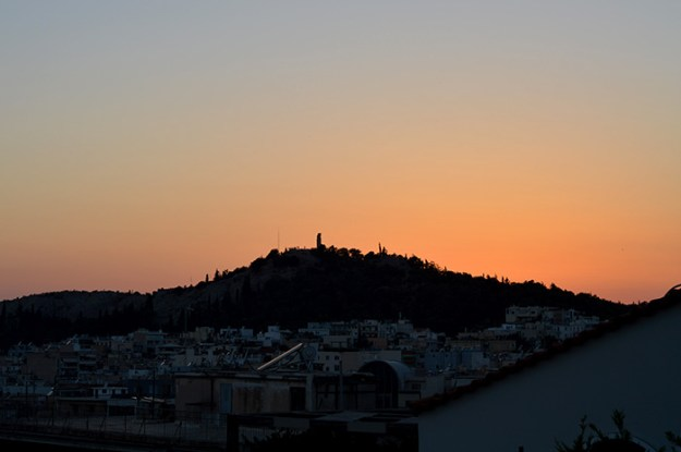 How to spend 24 hours in Athens Greece // Nattie on the Road