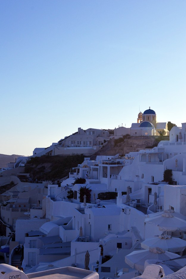 Oia Santorini // Nattie on the Road