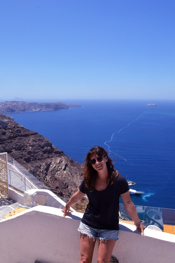 Explore Santorini // Nattie on the Road