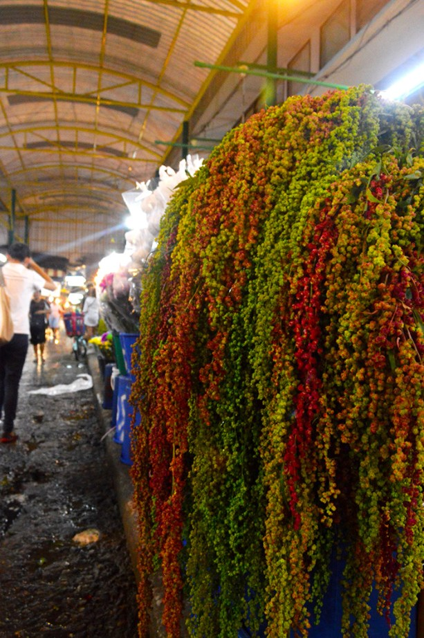 Bangkok Flower Market // Nattie on the Road