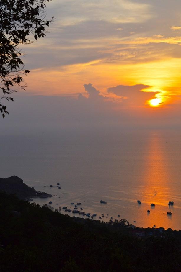 Koh Tao sunset views // Nattie on the Road