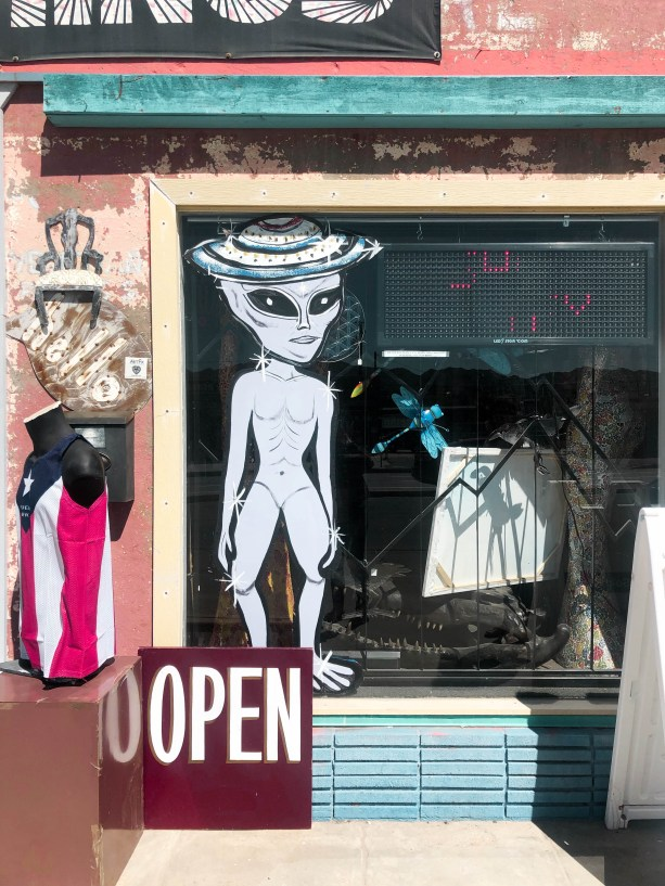 Cutesy shops in Yucca Valley