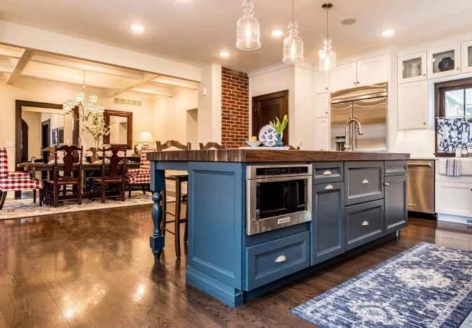 Blue tone inbuilt oven cabinet